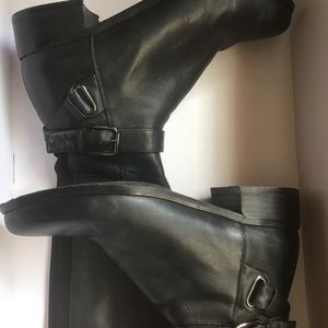 Shoes - Ladies Slim Calf Boots